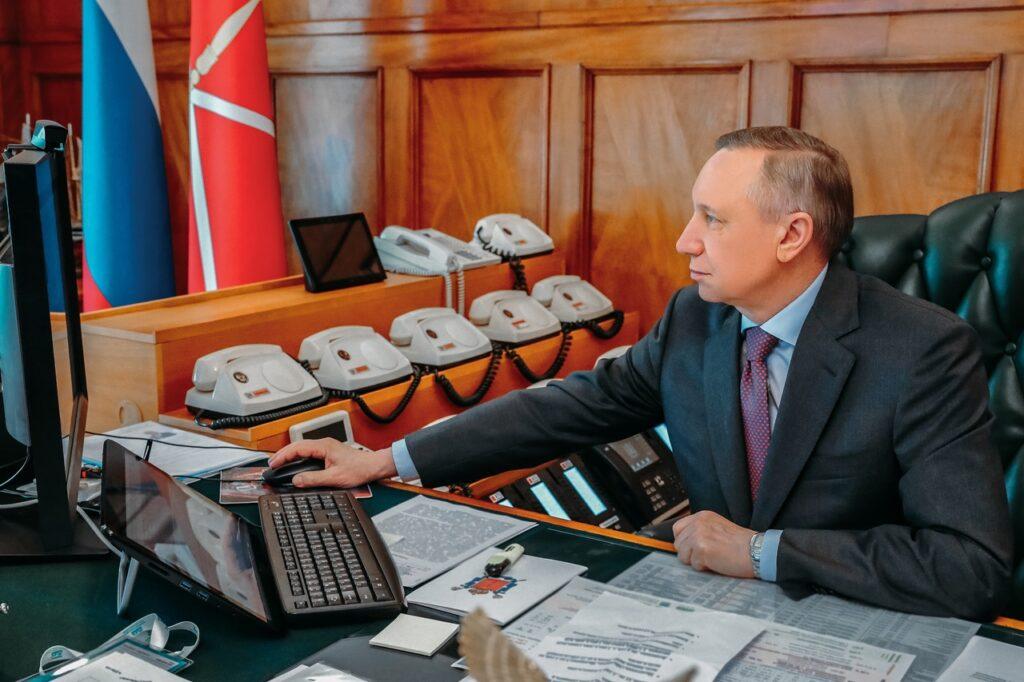 Беглов проведет Прямую линию с петербуржцами в сентябре