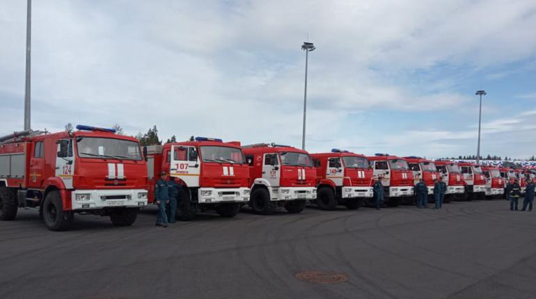 В Ленобласти на автодроме для «Формулы-1» состоялись соревнования пожарных машин