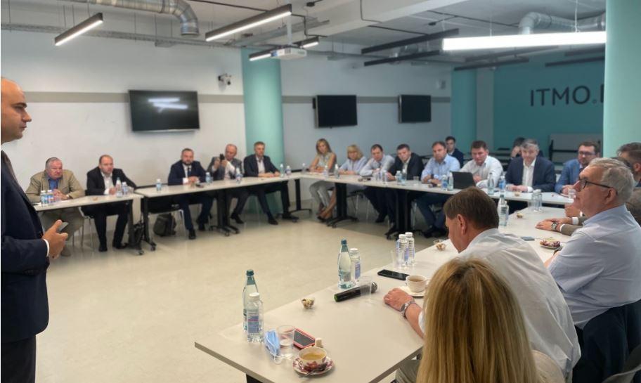 Петербург укрепит с Тульской областью сотрудничество в информационно-научной сфере