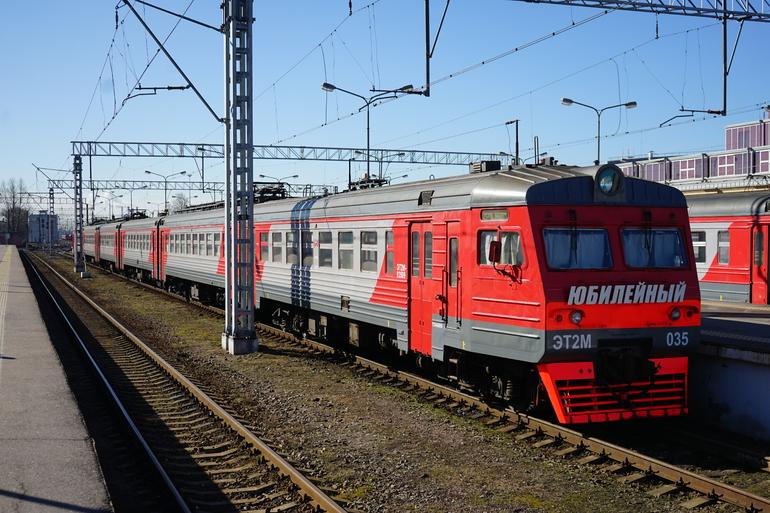 Электричка Петербург — Выборг насмерть сбила пенсионерку