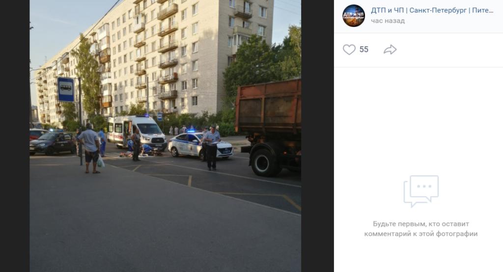 В Красносельском районе Петербурга на пешеходном сбили человека
