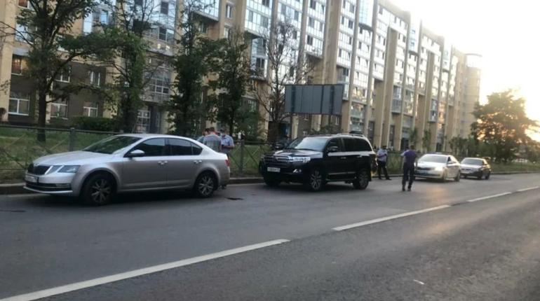 В Московском районе остановили угнанный Land Cruiser с поддельными номерами