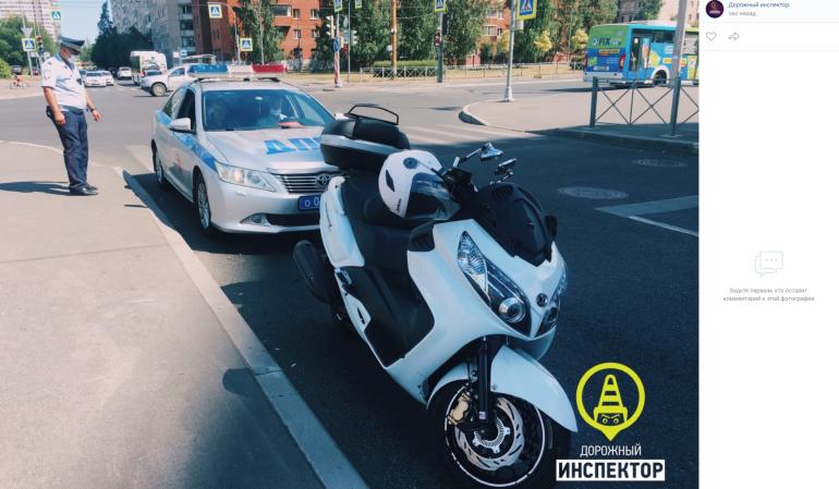 Мотоциклист устроил погоню от ДПС в Приморском районе, пока его семья была на пляже