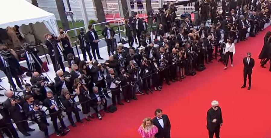 «Петровы в гриппе» Серебренникова, «Аннет» Каракса и другие: открылся 74-й Каннский кинофестиваль