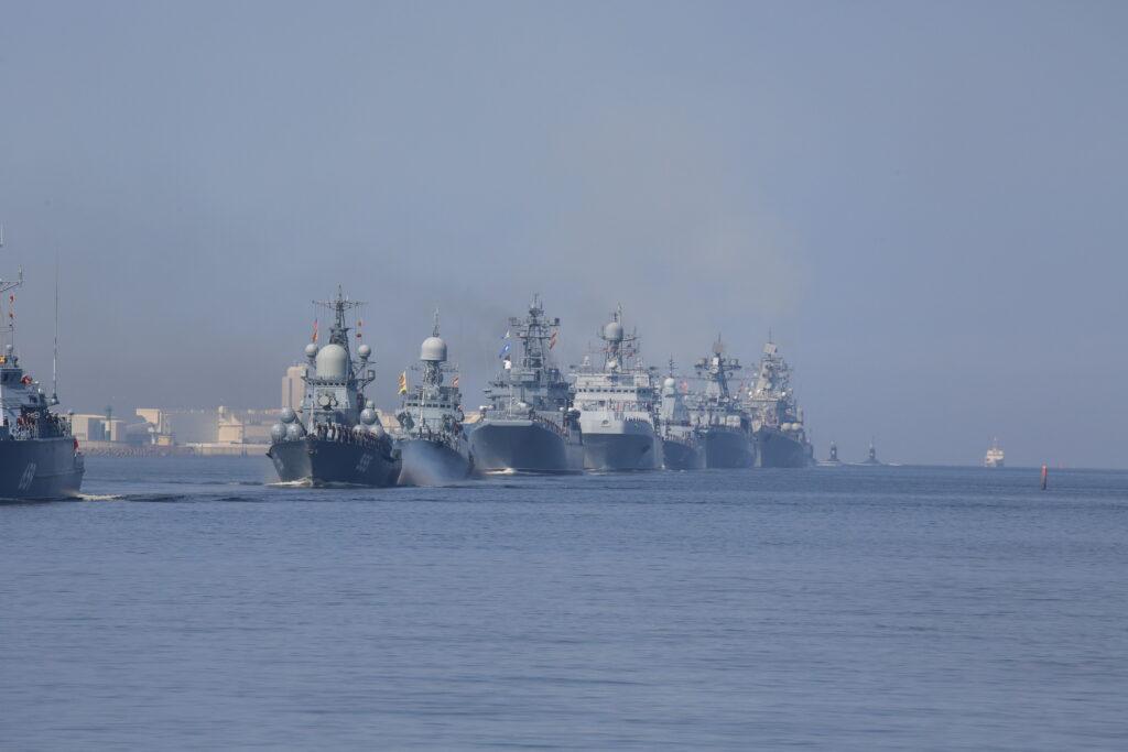 Главный военно-морской парад в Петербурге пройдет без зрителей