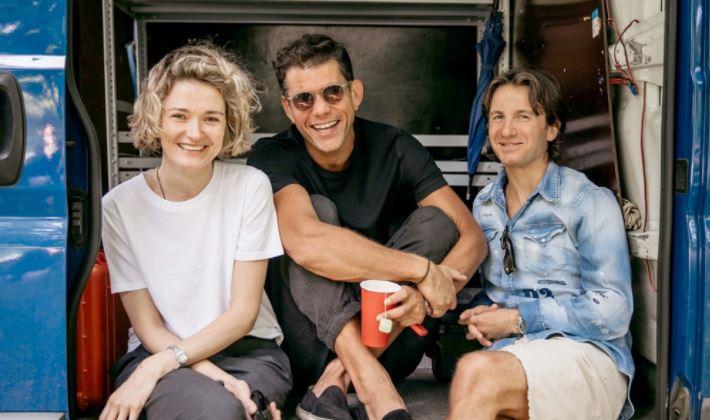 Надежда Михалкова начала снимать свой первый сериал о семье кинематографистов
