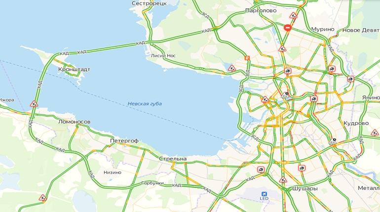 Утром понедельника в Петербурге 3-балльные пробки
