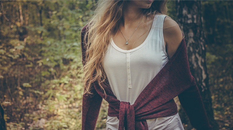 В Норвегии женщины рассказали об увеличении груди после вакцинации Pfizer