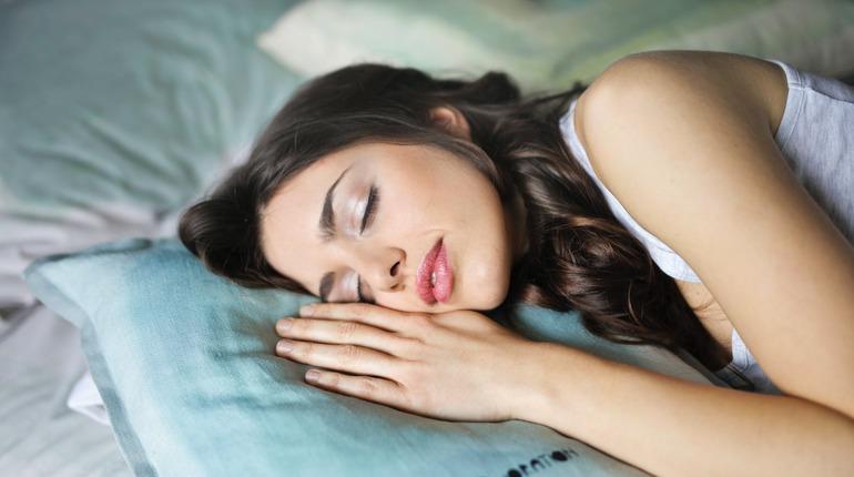 Как недосып приводит к ожирению, стрессу и преждевременному старению