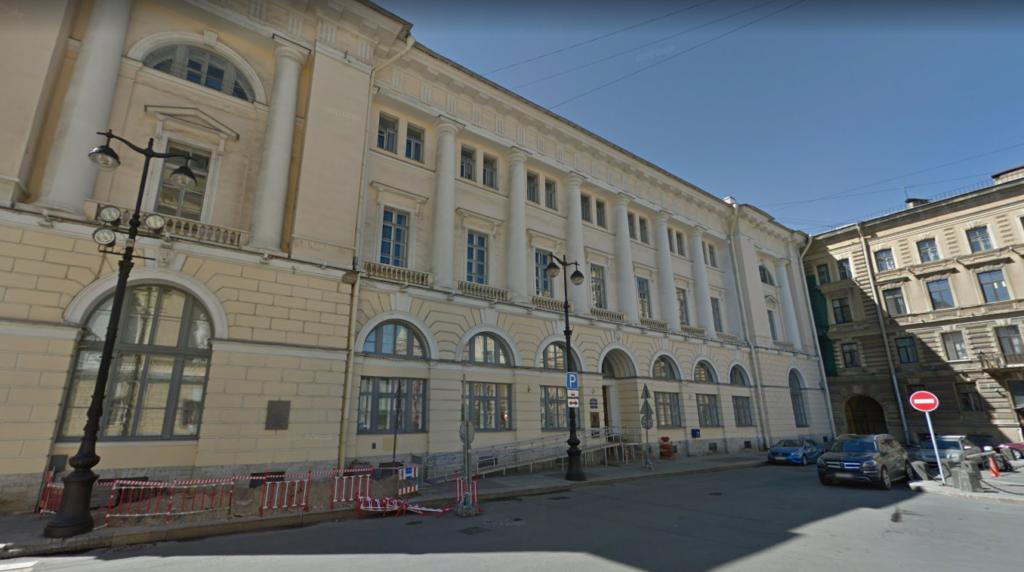 Контролер утратил доверие и лишился работы в жилищном комитете Петербурга