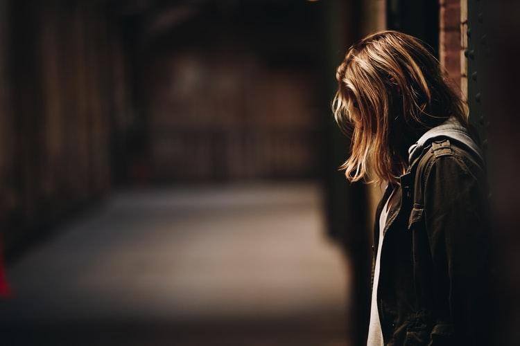 Насиловавший 10-летнюю девочку в подъезде подросток оказался из семьи нелегальных мигрантов