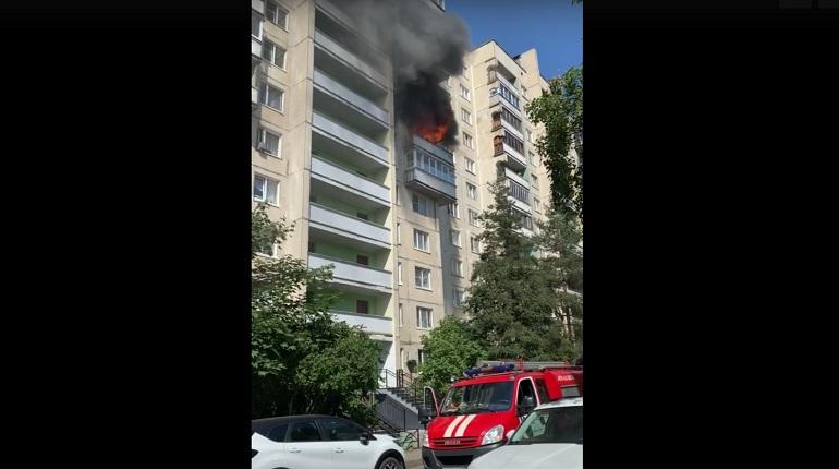 В Красногвардейском районе загорелась квартира