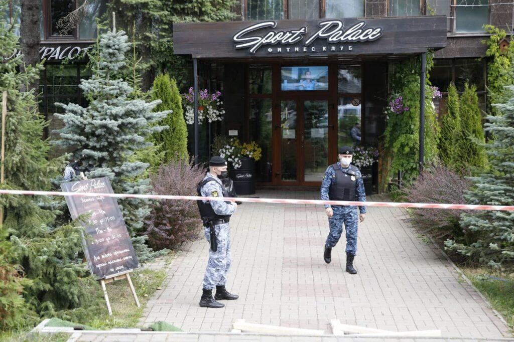В Sport Palace на Крестовском вместо спортсменов пришли судебные приставы