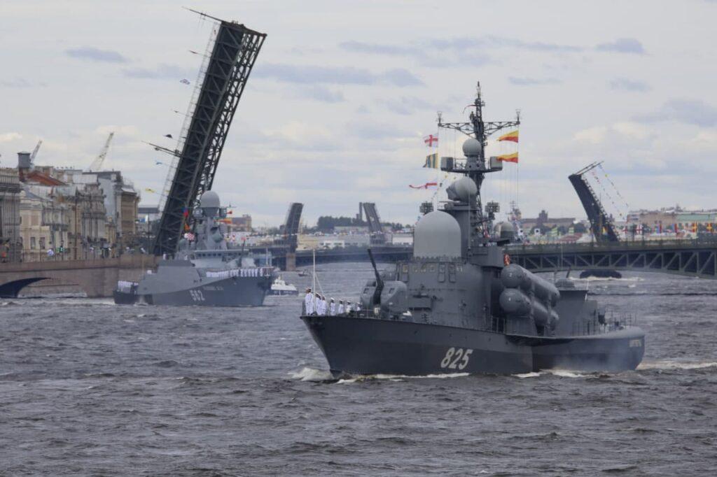 Ограничения в день ВМФ: где нельзя будет ни пройти, ни проехать