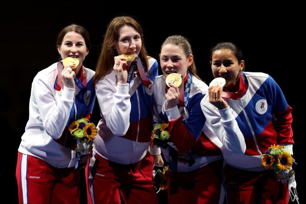 Золото завоевали российские рапиристки на Олимпиаде в Токио