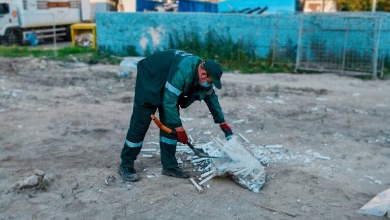 60 кг ртутьсодержащих отходов вывезли с улицы в Выборгском районе