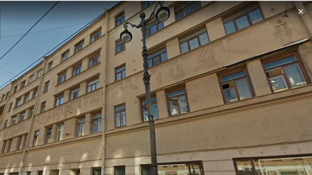 В Петербурге задержали группу «чёрных риелторов», один из которых убил хозяина квартиры ради сделки