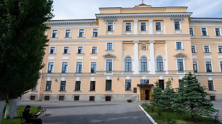 В Петербурге ВООПИиК и Духовная Академия РПЦ подписали соглашение о популяризации объектов культурного наследия