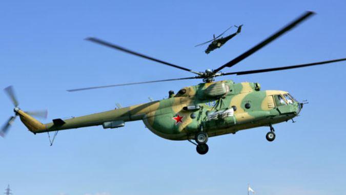 Военные экипажи отработали полеты под проливным дождем на учениях в Ленобласти