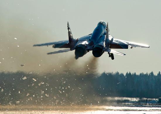 В Астраханской области при крушении МиГ-29 погиб летчик
