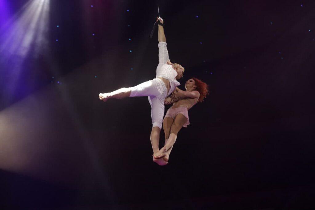 В Петербурге стартовал фестиваль циркового искусства «Цветы России»