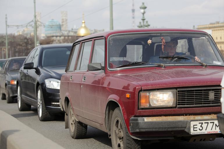 Эксперты назвали ТОП-10 самых популярных автомобилей в России