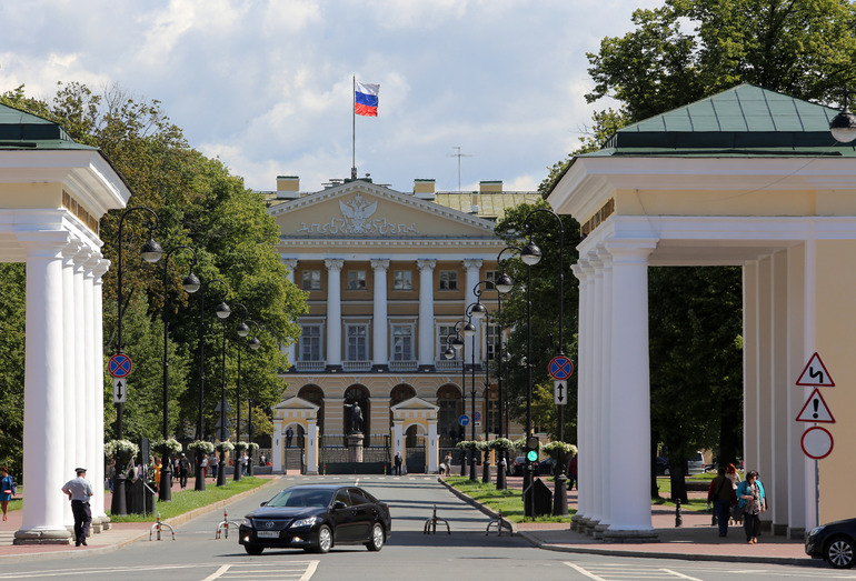 Заседание правительства, ремонт «Маяковской» и новый питомец в зоопарке: главное в Петербурге 23 сентября