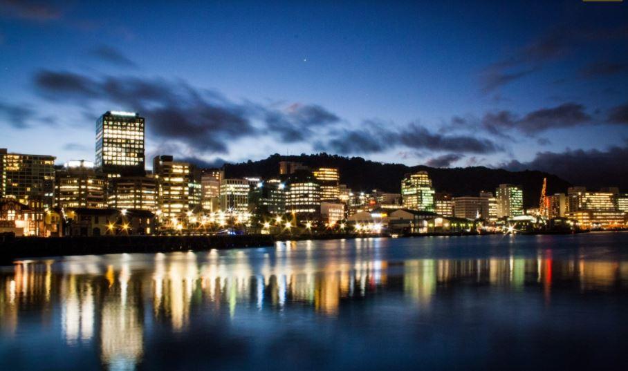 В Новой Зеландии ищут партнеров для покупки дома через Tinder из-за высоких цен на жилье