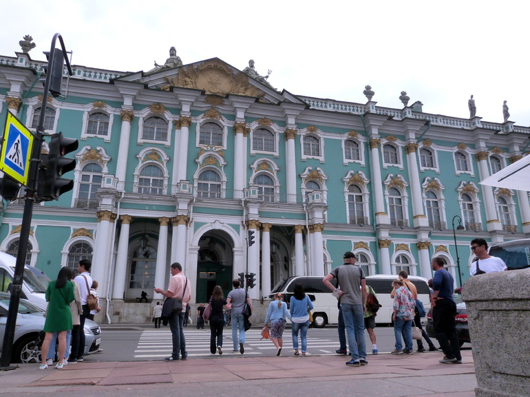Центр Петербурга перекроют 25 сентября к Всемирному дню туризма