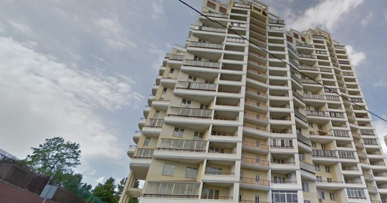 В депутатский дом в Москве к новому созыву закупают шторы за 40 млн