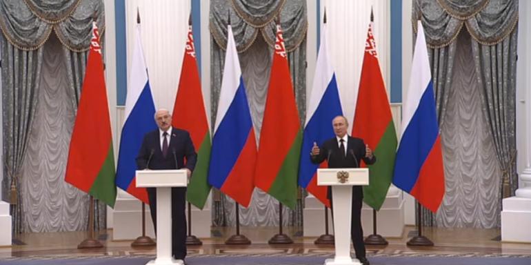 Путин допустил создание в будущем союзного парламента России и Белоруссии