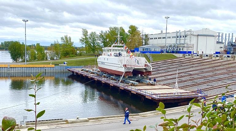 В Петербурге на воду спустили первое в России судно, созданное студентами