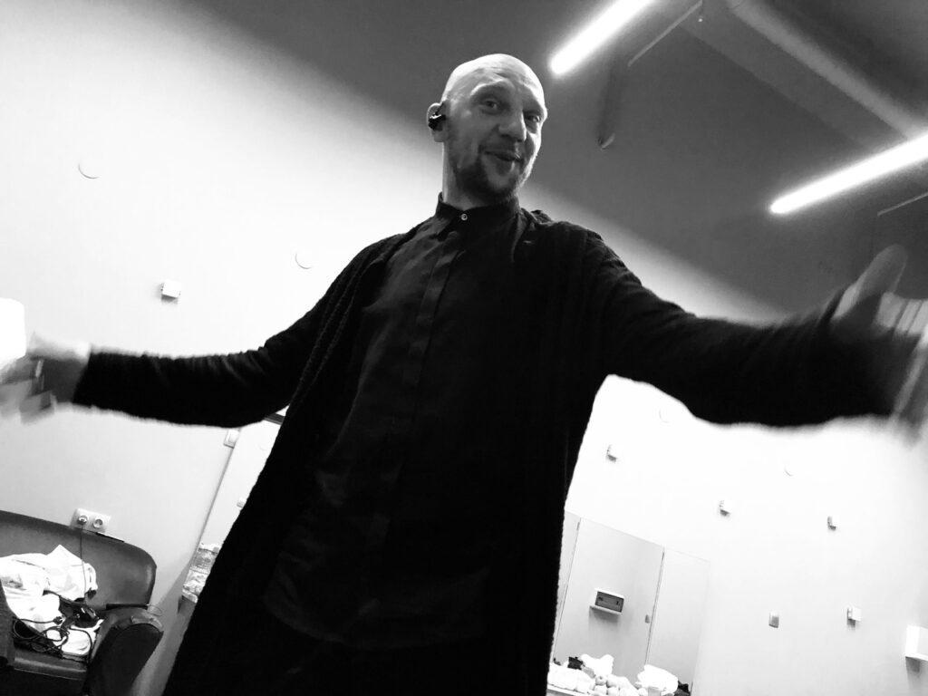 В Москве возбудили уголовное дело после нападения на основателя группы «25/17» Андрея Бледного