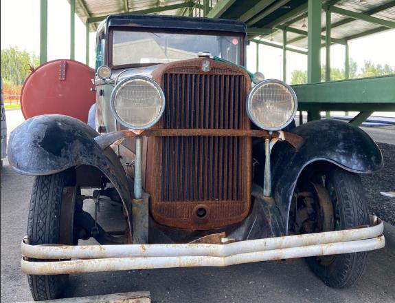 Россиянин пытался вывезти в Белоруссию довоенный автомобиль стоимостью 1,8 млн рублей