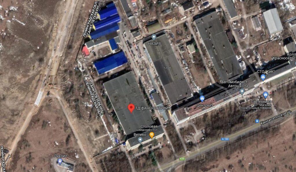 В Красносельском районе загорелся ангар площадью 100 «квадратов»