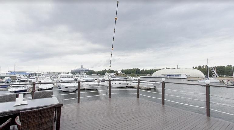 Здания яхт-клуба на Петровской косе купили за 650 млн рублей