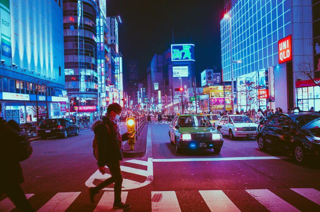 Вакцинация от коронавируса набирает популярность у японской молодежи