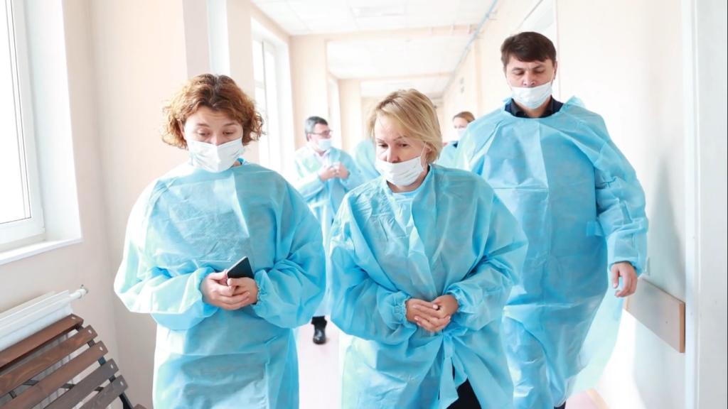 Детский омбудсмен Анна Митянина рассказала о состоянии девочки-сироты в петербургской больнице
