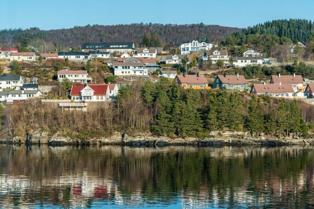 Недалеко от норвежского поселения зафиксировали землетрясение магнитудой 5,1