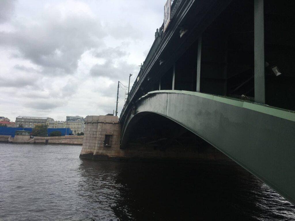 Мойка78 показывает, как выглядит Биржевой мост перед реконструкцией