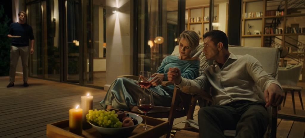Прилучный и Мельникова рассказали о съемках эротических сцен в триллере «Соври мне правду»