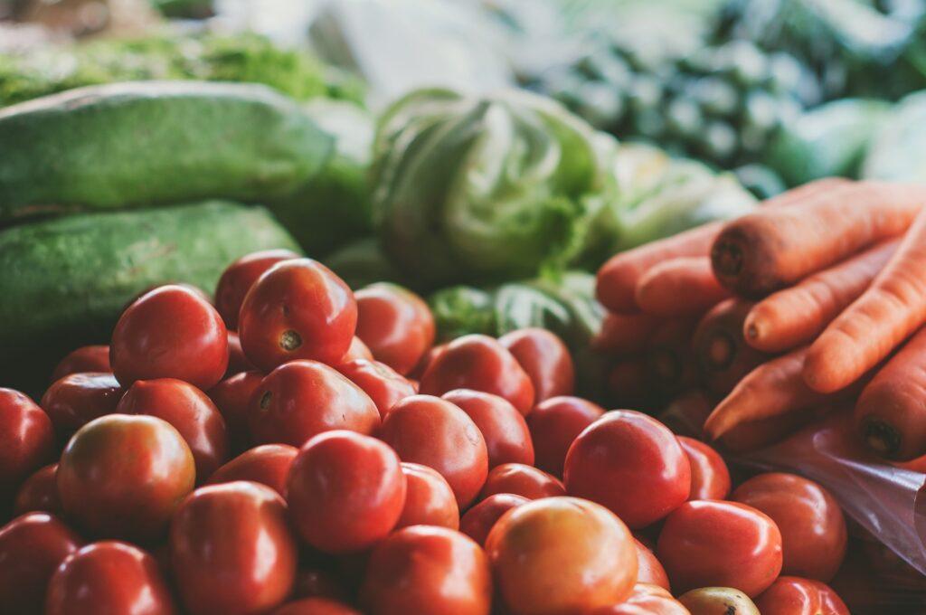 Росстат: к концу лета овощи значительно подешевели