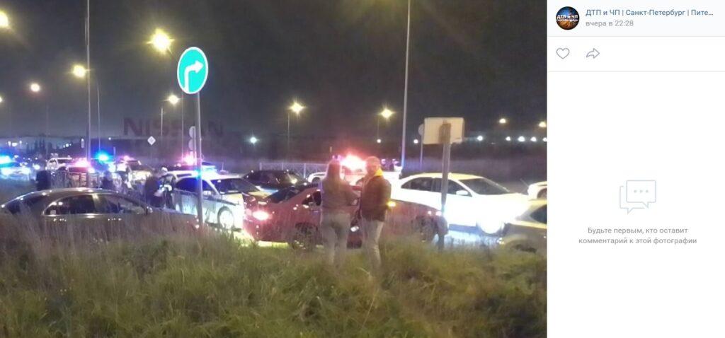 В Приморском районе полиция разогнала тысячу стритрейсеров на 150 машинах, пробки было не миновать
