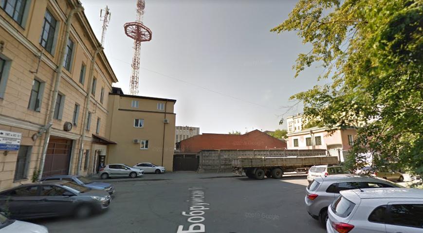 Обуховский завод выставил на продажу здания на Бобруйской улице за 300 млн рублей