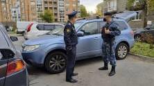 За долг по алиментам в 1,5 млн у петербуржца отобрали кроссовер