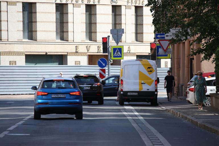 Петербуржцам рассказали, где на неделе передвижные радары будут ловить нарушителей скоростного режима