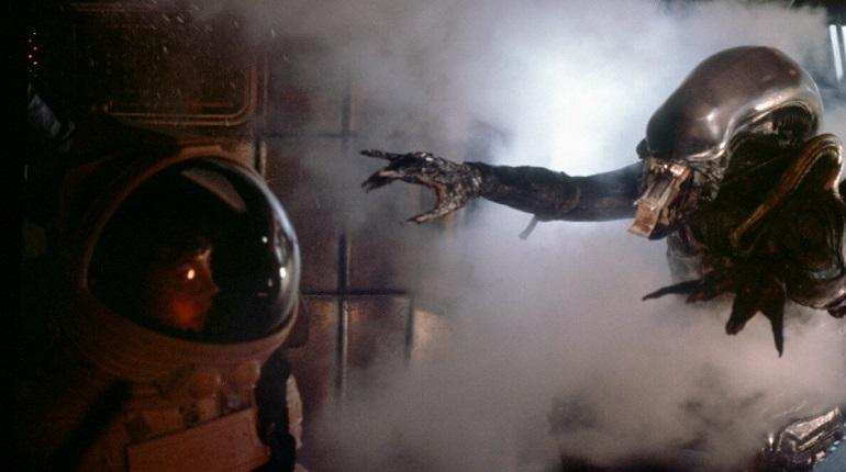 Ридли Скотт скептично относится к будущему сериалу по его франшизе «Чужой»