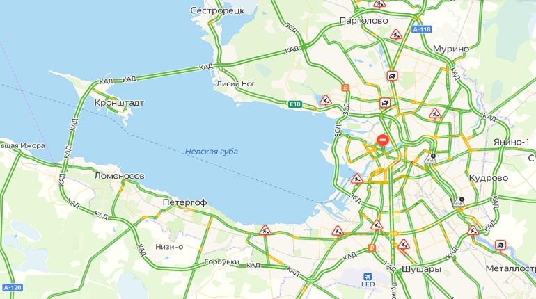 Петербург еще не проснулся: уровень пробок в городе оценивается в 1 балл