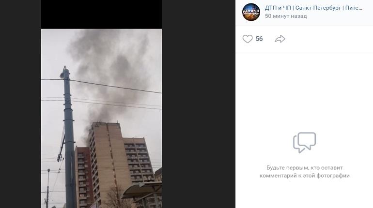 Утром субботы на проспекте Большевиков загорелось общежитие РГГМУ