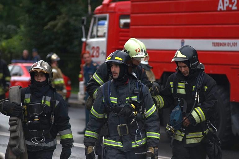Из-за взрыва газа в «трешке» на Рябовском шоссе пострадал человек